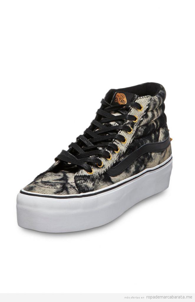 676891e7973d4 Mochila Hello Kitty marca Vans barata