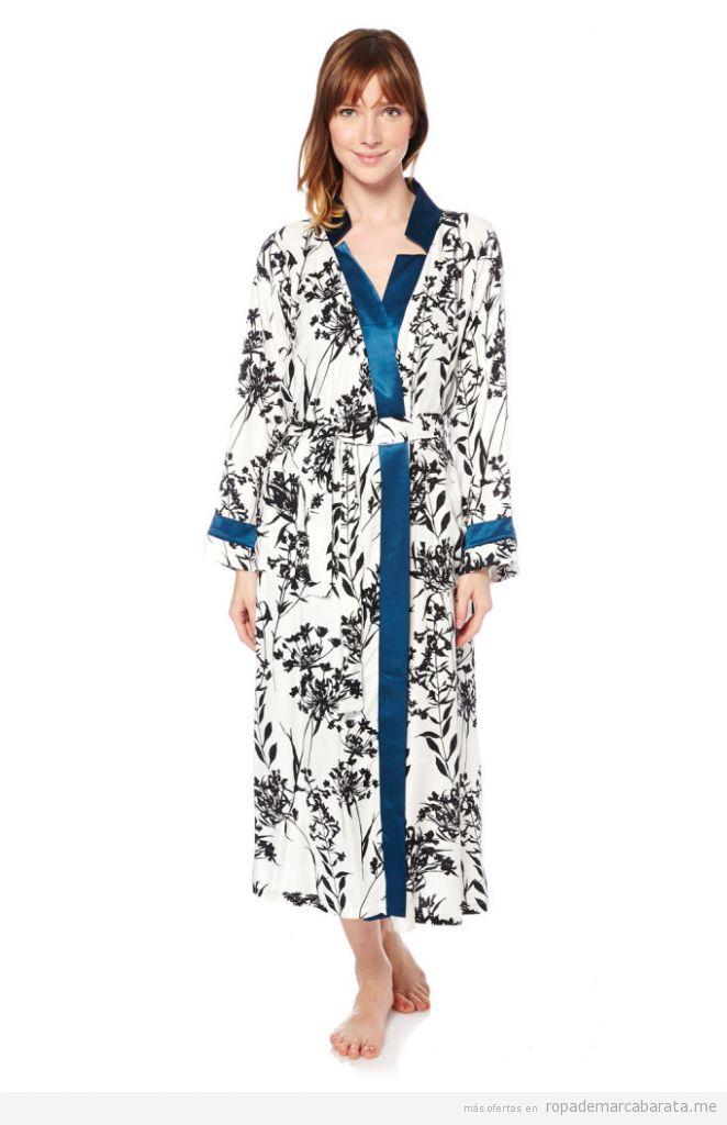 Camisones, pijamas, batas y lencería marca Le Chat, rebajas 3