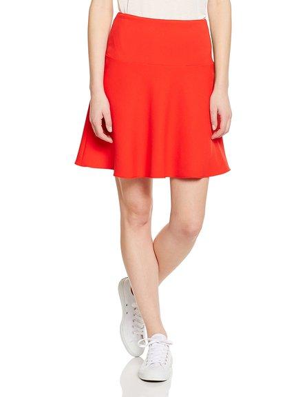 Falda roja marca Benetton de rebajas
