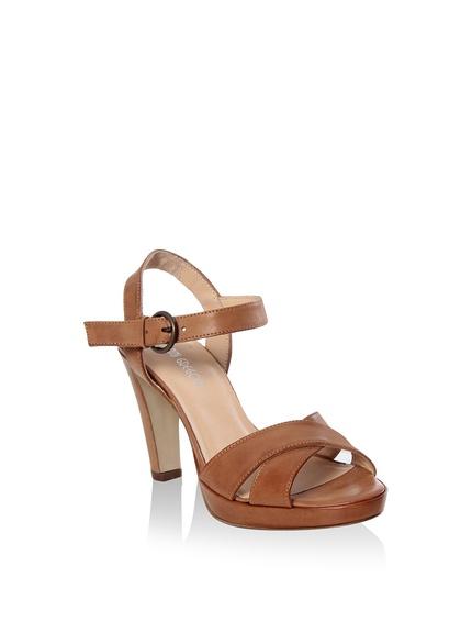 b46fda284202a Rebajas zapatos y sandalias distintas marcas. Sandalias planas marca Dolce  Amore baratas ...