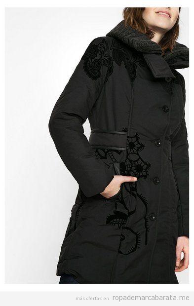 Abrigo mujer de color negro marca Desigual rebajas