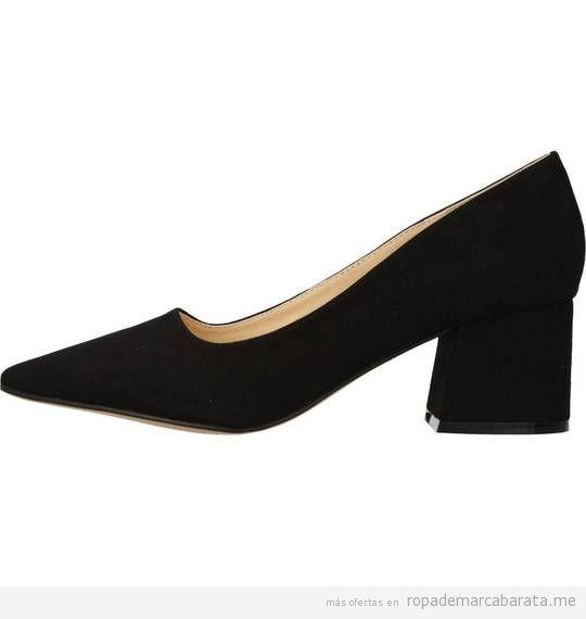 Zapatos tacón bajo negro marca Chika10 baratos de rebajas