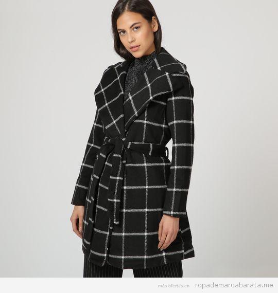 Abrigo cuadros marca Unics barato, outlet