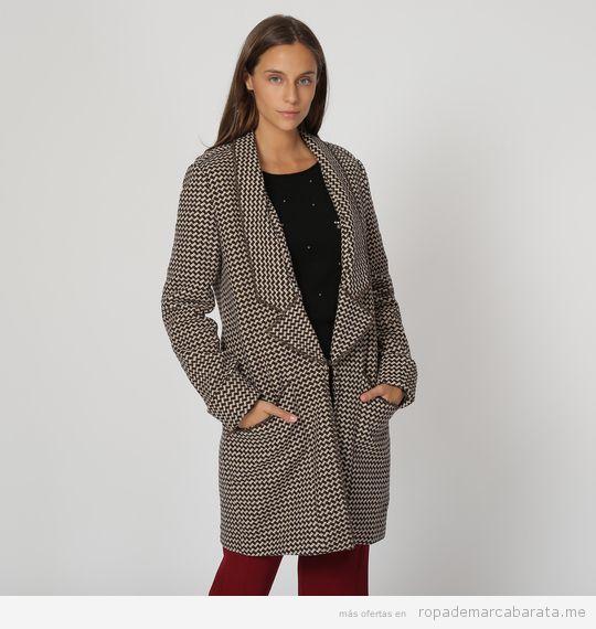 Abrigo de mujer estampado marca Oeuvre Madrid barato, outlet 2